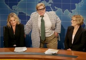 Melissa McCarthy Wore Chris Farley's Actual Matt Foley Suit On #SNL40