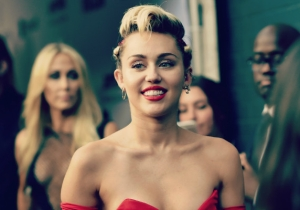 Miley Cyrus Is Now Aiming To Help Charities By Cleaning Your House Naked