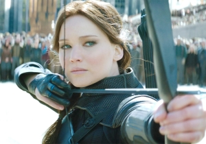 Violence & bloody revolution promised in first trailer for final 'Hunger Games'