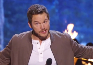 Watch Chris Pratt Make Fun Of Award Speeches At The Guys Choice Awards