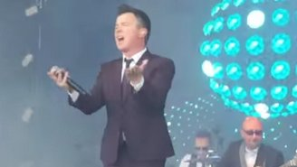 Rick Astley Performed 'Uptown Funk' At An '80s Festival In London