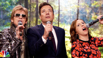 Denis Leary And Molly Shannon Sang Some Nonsense Karaoke on 'The Tonight Show'
