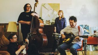 Yo La Tengo Will Cover The Cure, Hank Williams On Their New Album