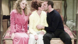 Debra Messing Says Jeremy Piven Was A Gross Kisser On 'Will & Grace'