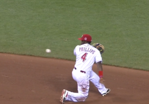This Brandon Phillips Behind-The-Back Toss Is Pretty Incredible