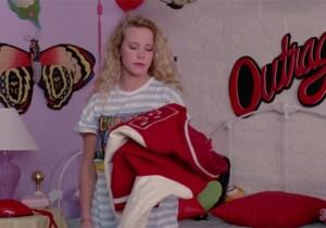 RIP, Amanda Peterson, AKA Cindy Mancini From 'Can't Buy Me Love'