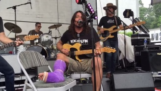 Watch Dave Grohl Cover Neil Young With Former Members Of Pearl Jam And Blind Melon