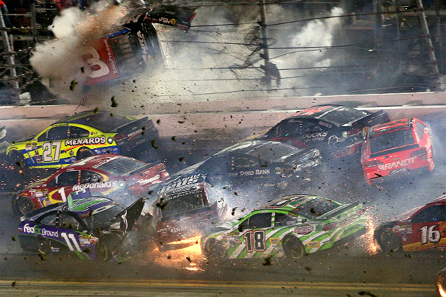 daytona crash 2