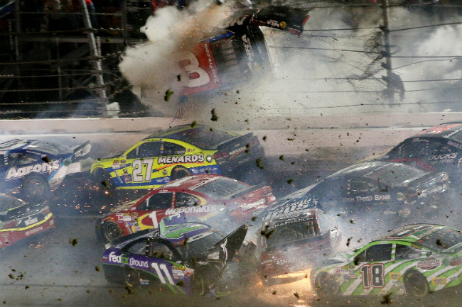 daytona crash 9