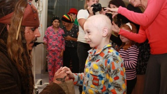 Johnny Depp Visited An Australian Children's Hospital In Character As Jack Sparrow