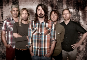 Those 1,000 Foo Fighters fans drumming in Italy? 'See you soon' says Dave Grohl