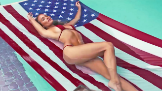 'Sports Illustrated' Cover Girl Hannah Davis Wants You To Have A Happy 4th Of July