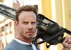 'Sharknado 3' looks to take a bite out of Twitter again