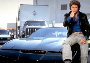 This Phone Charger Will Turn Your Car Into KITT From 'Knight Rider'