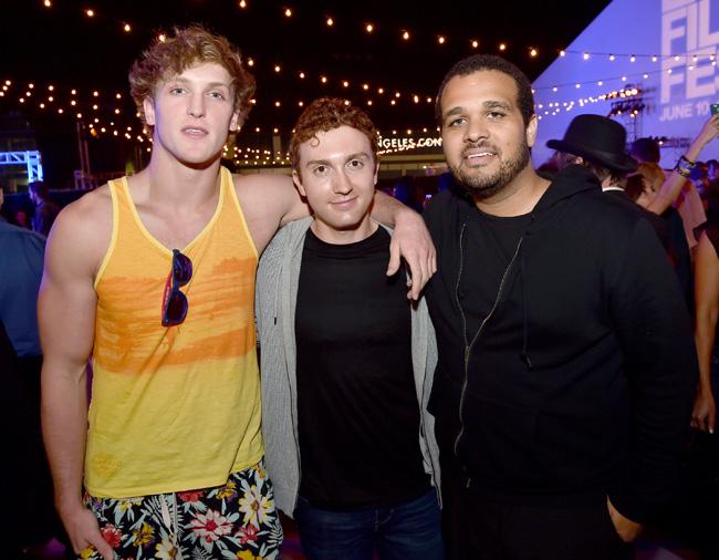 Logan Paul, at left.