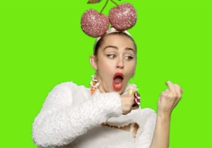 Miley Cyrus borrows this move from 'Guardians of the Galaxy' for VMAs video