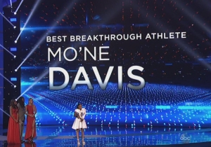 Cardale Jones' Response To Mo'ne Davis Winning The ESPY For Best Breakthrough Athlete Was Perfect