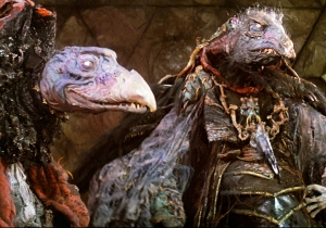 Do not stare into The Dark Crystal cosplay