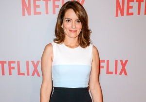 Tina Fey and her 'Kimmy Schmidt' crew lip-sync to Beyonce