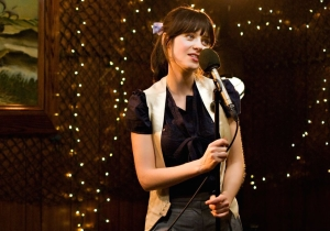 Guess how many characters of color speak in '500 Days of Summer'