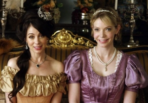 'Another Period' Gets A Second Season On Comedy Central