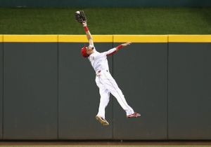 This Insane Leaping Catch By Billy Hamilton Will Remind You How Fun Billy Hamilton Is