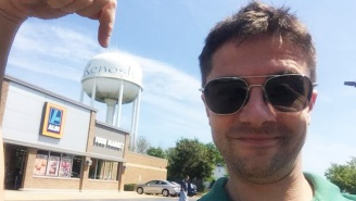 Is Topher Grace Hinting At A 'That '70s Show' Reunion With This Tweet From Kenosha, Wisconsin?