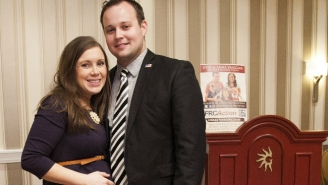 Josh Duggar Is Being Sued By The Guy Whose Photo He Used In His Ashley Madison Profile