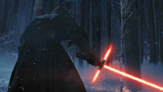 Here Are All The Spoilerish Things You Didn't See In 'The Force Awakens'