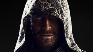 Michael Fassbender is suitably smoldering in his first 'Assassin's Creed' photo
