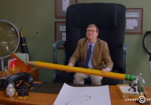 What's On Tonight: Andy Daly Tries Being A Little Person And Denis Leary's Band Does Couple's Therapy
