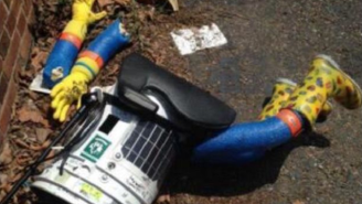 An Eagles Fan Destroyed The Hitchhiking Robot, Which Means All Is Right With The World