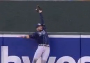 Kevin Kiermaier Took A Home Run Away From Manny Machado With An Amazing Catch