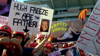 Roll Damn Tide: This Week's Best College GameDay Signs From Alabama
