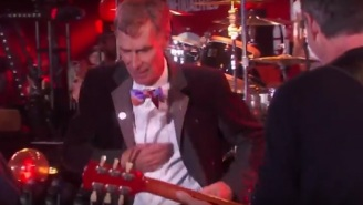 Pearl Jam Rocks In The Free World With Bill Nye, Jason Sudeikis, And More