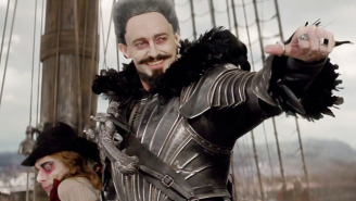 Hugh Jackman loses a sword fight against fabric in this 'Pan' blooper