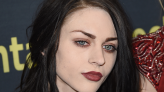 Frances Bean Cobain Got Married To Someone Who Looks Like Her Dad Without Telling Her Mom