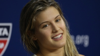 Here's Video Of A Clearly Concussed Eugenie Bouchard Arriving At The US Open Before Withdrawing