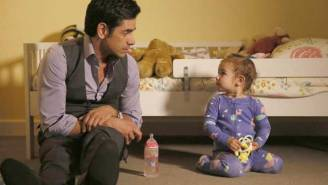 What's On Tonight: John Stamos And Rob Lowe Duke It Out With 'Grandfathered' And 'The Grinder'