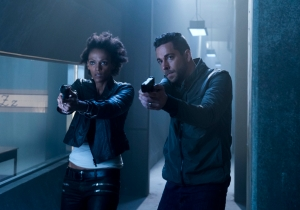 Listen: Firewall & Iceberg Podcast No. 301 – 'Heroes Reborn,' 'Quantico' and more