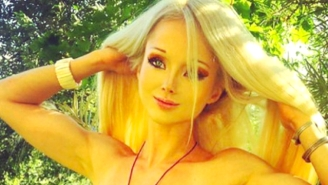 The 'Human Barbie' Took Off Her Extreme Makeup And Looks Astoundingly Normal