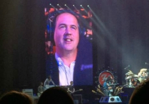 Krist Novoselic Saw His Old Nirvana Bandmate Dave Grohl In Concert And Freaked Out