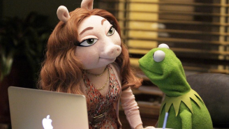 The Internet Reacts To Kermit The Frog's New 'Close Friend,' Denise The Pig
