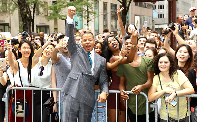 Terrence-HOward-selfie