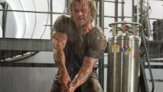 Warning: Chris Hemsworth's workout routine might make your ovaries explode