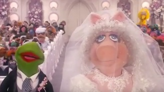 Kermit And Miss Piggy's Love Lives On In This Adorable Bryan Adams Fan Video