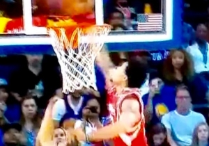 K.J. McDaniels Shows No Mercy With This Chase-Down Block On Klay Thompson