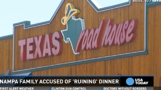 Rude Texas Roadhouse Customers Shamed The Mother Of A Loud Baby With An Even Ruder Note
