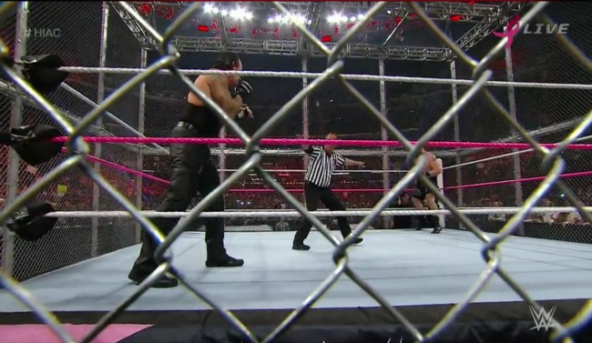 wwe-hell-in-a-cell-undertaker-lesnar