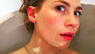 January Jones Took Bathtub Selfies Pretending To Be Ricky Gervais